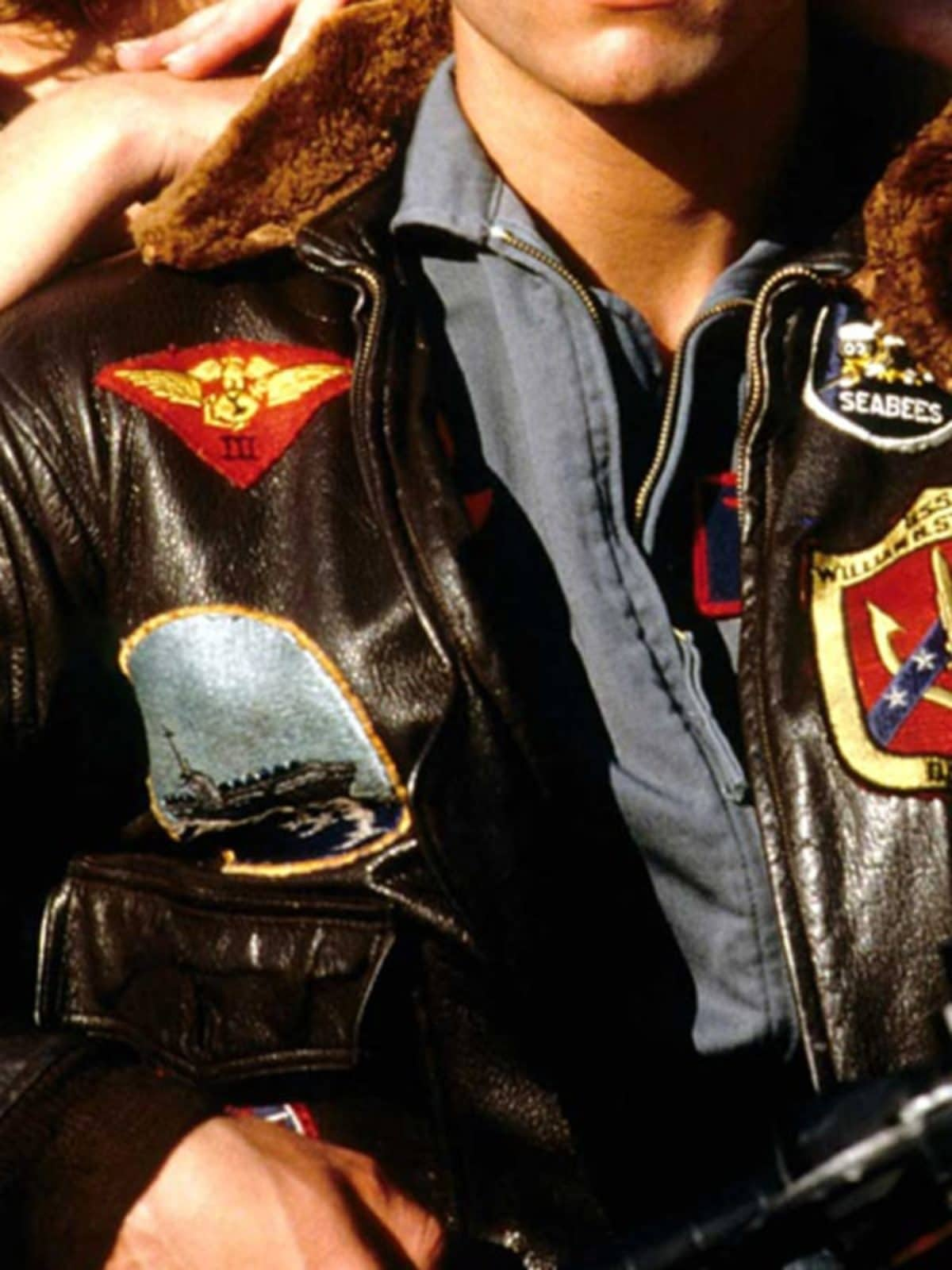 Maverick Top Gun Tom Cruise Leather Jacket 01