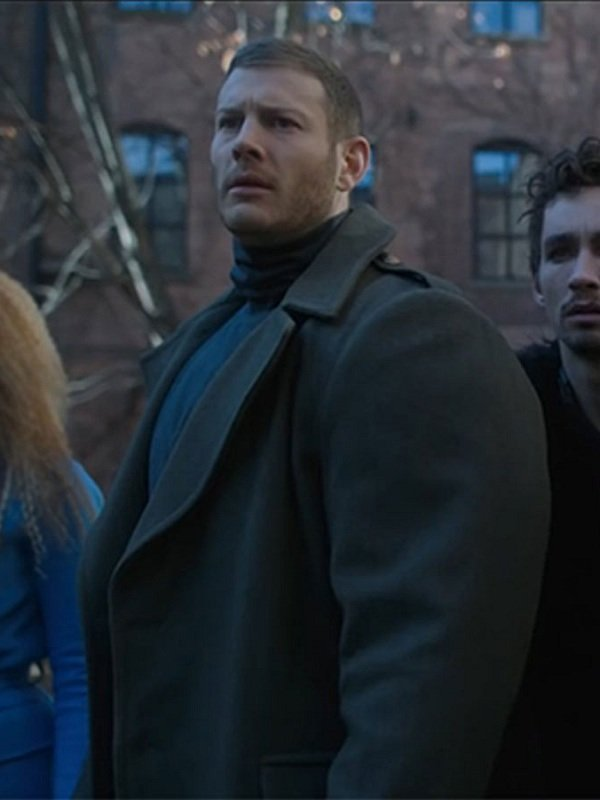 Tom Hopper The Umbrella Academy Luther Green Trench Coat