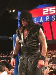 Undertaker Returns To Raw Black Vest