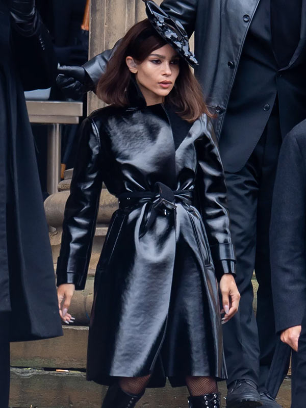 Selina Kyle The Batman 2022 Catwoman Black Leather Trench Coat