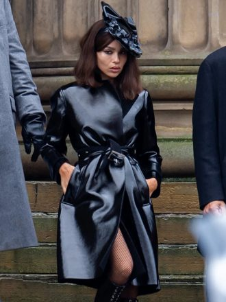 Zoë Kravitz The Batman 2022 Black Coat