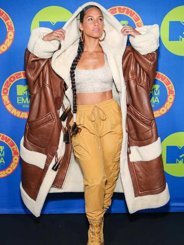 Alicia Keys MTV Music Awards Oversize Shearling Coat