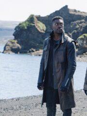 David Ajala Star Trek Discovery S03 Cleveland Booker Brown & Black Coat