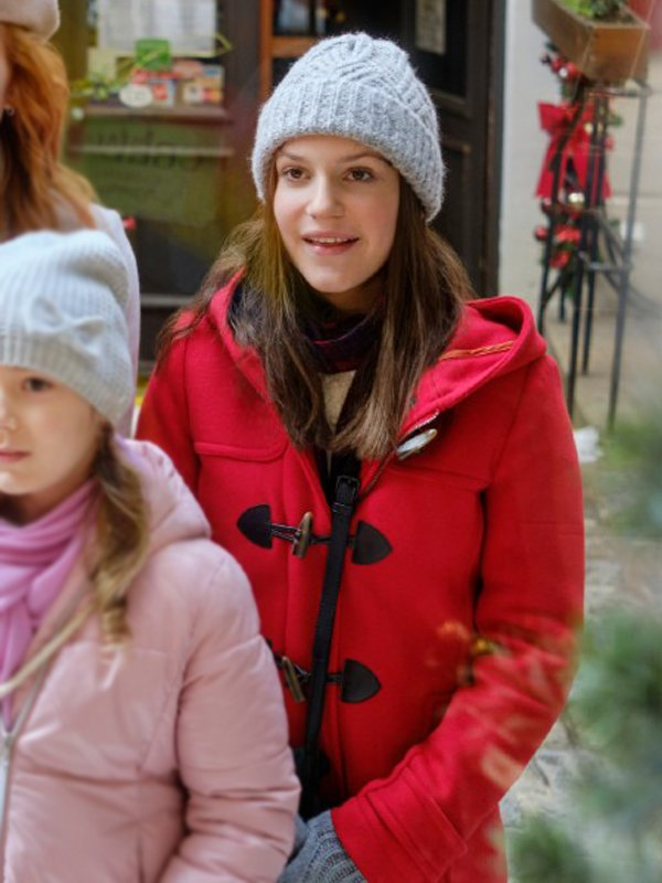 Summer Olson Christmas in Vienna Allegra Tinnefeld Pink Hooded Coat