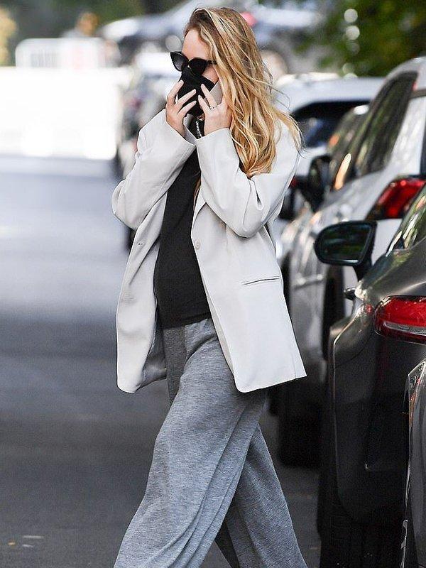 Jennifer Lawrence Oversized Blazer