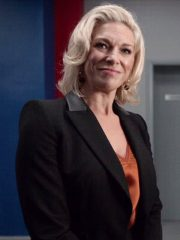 Tv Series Ted Lasso Hannah Waddingham Rebecca Welton Black Blazer